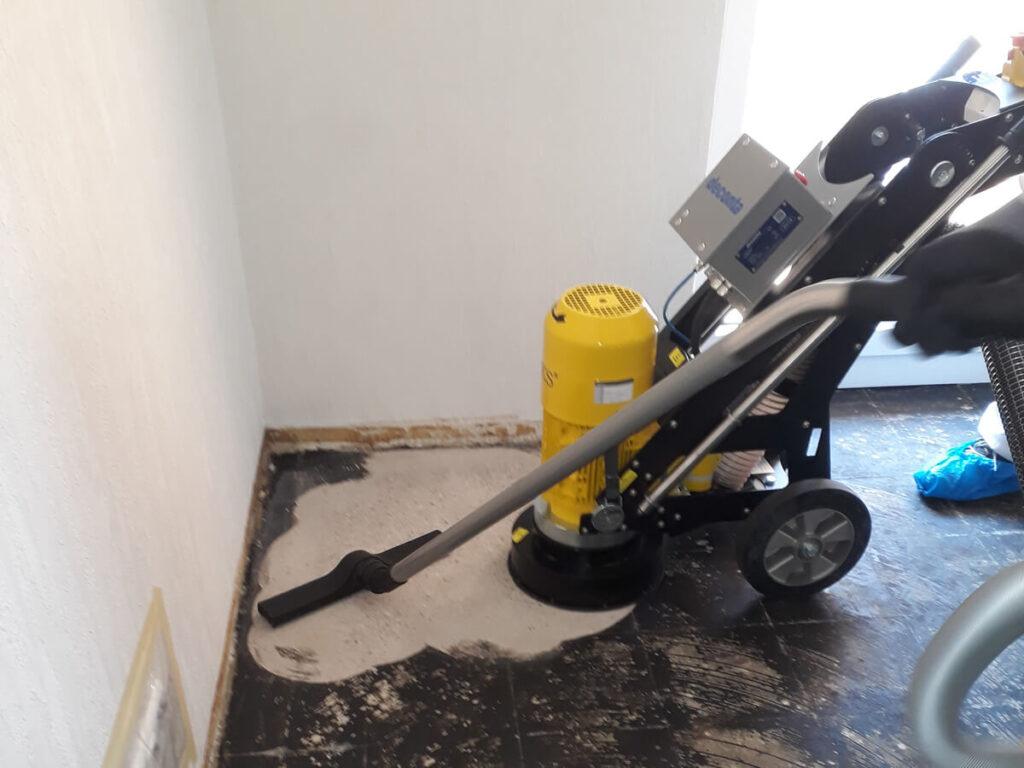 Beseitigung von Asbest BT 17.81 Schleifverfahren Franzsack